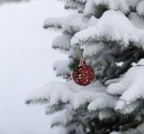 Россияне никак не дойдут до магазинов с новогодней атрибутикой