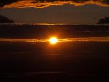 Солнце совсем перестало спать и шлет огненные приветы (ФОТО)