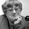 Сотни людей пришли проститься с Валерией Новодворской (ФОТО)
