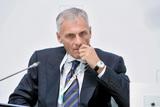 СК объявил о завершении расследования дела экс-губернатора Сахалина