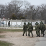 Шойгу не признал своих в вооруженных мужчинах в Крыму