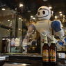 Китайские роботы поставили рекорд на празднике пива