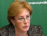 Скворцова считает, что население себя лекарствами обеспечило