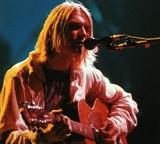 Nirvana впервые номинирована в Зал славы рок-н-ролла (ВИДЕО)
