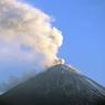 Вулкан Чикурачки выбросил пятикилометровый столб пепла над Курилами