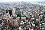 Грузовик въехал в толпу людей в центре Нью-Йорка