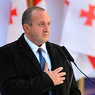 Президент Грузии спас в ДТП беременную женщину