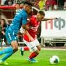 Капитан футбольной команды призвал болельщиков соблюдать самоизоляцию, а сам спровоцировал ДТП