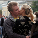 Каждый второй человек не любит целоваться, выяснили ученые