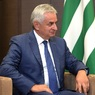 Президент Абхазии не исключил введения чрезвычайного положения в республике