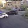 Девушка разбила новый автомобиль через 15 секунд (ВИДЕО)