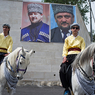 Рамзан Кадыров пересаживает чеченцев с живых коней на железных