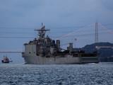 Десантный корабль Carter Hall ВМС США вошел в акваторию Черного моря