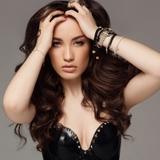 После развода Виктория Дайнеко увлеклась эротической фотографией