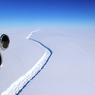 Кто автор странных ледовых архитектонов в Антарктиде?