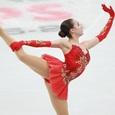 Россиянка Загитова с мировым рекордом выиграла короткую программу на Олимпиаде