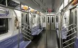 Вагоны метро сошли с рельсов в Нью-Йорке