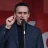 Навальный готов к новому аресту в зале суда и едет на суд с вещам
