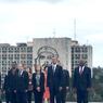 Непредсказуемый Обама сфотографировался на фоне Че Гевары
