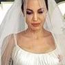 Анджелина Джоли снялась для обложки в свадебном платье (ФОТО)