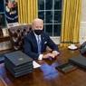 Он вам не Трамп: Байден поручил американской разведке всерьез взяться за Россию