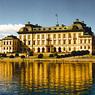 Дворец королевы Швеции заполонили привидения
