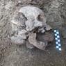 """В Италии археологи нашли скелет """"заколдованного"""" ребенка"""