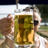 Чехия: в Жатеце началось веселье на празднике хмеля