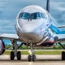 Во Владивостоке приземлился Sukhoi Superjet 100 с треснувшим стеклом