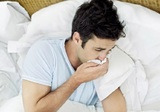 Врачи рассказали о симптомах пищевого отравления и способах лечения