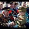 В Славянске хулиганы облили зеленкой ветеранов