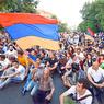 Митингующие в Ереване выдвинули ультиматум властям