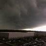 Через несколько часов на смену солнцу и теплу в Москве придут гроза и штормовой ветер