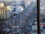 Из-за московских пробок депутаты ходят пешком и мечтают о метро