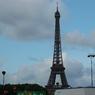 Десятки тысяч противников однополых браков вышли на улицы Франции