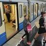 В Москве на зеленой ветке метро произошел сбой