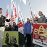 Другая Россия приветствовала Донецкую республику пикетом