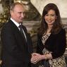 Путин покорил президента Аргентины игрой на аккордеоне (ФОТО)