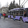Троллейбус в Донецке попал под обстрел: есть погибшие