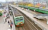 Подросток увидел, как поезд сбил мужчину, и спрыгнул с моста в Москве