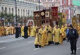 Крестные ходы приравняли к митингам