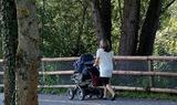 Москалькова предложила включать в трудовой стаж женщин воспитание детей