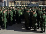 Открывшему стрельбу по сослуживцам Шамсутдинову добавят новое обвинение
