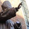 Во Львове хотели пустить на металлолом памятник Папе Римскому