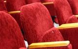 Россияне стали меньше ходить в бани и театры: не хватает денег