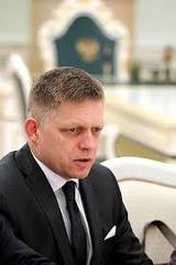 Премьер Словакии заявил о необходимости отмены санкций против России