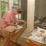 Жительница Мьянмы родила мальчика с двумя головами