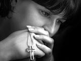 Женщины более склонны верить в загробную жизнь