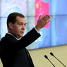 Медведев повелел Сочи курортствовать круглый год