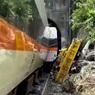 Число погибших в аварии с поездом на Тайване возросло